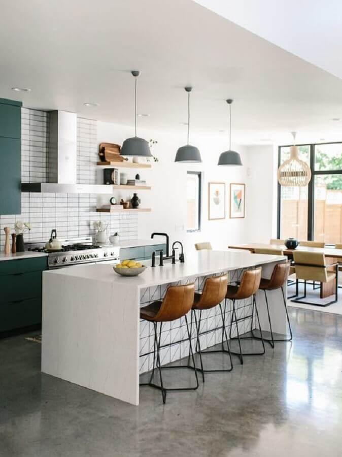 pendente para bancada de cozinha com ilha ampla Foto Pinterest