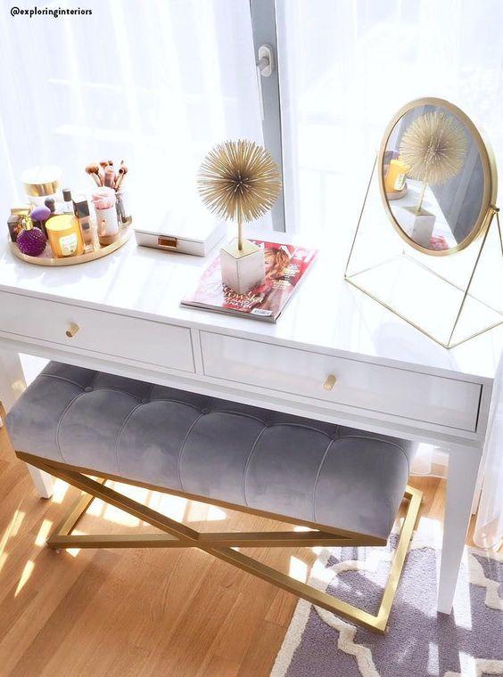 Penteadeira com espelho de mesa moderno