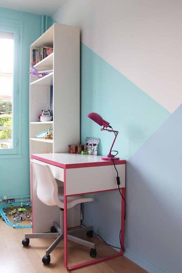 pintura de parede geométrica para quarto infantil em tons pastéis  Foto Pinterest