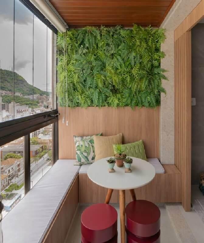 plantas para varanda de apartamento planejado com banco alemão  Foto CasaFull