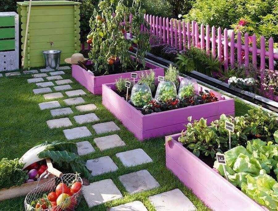 saiba como fazer horta orgânica em casa Foto The Dots