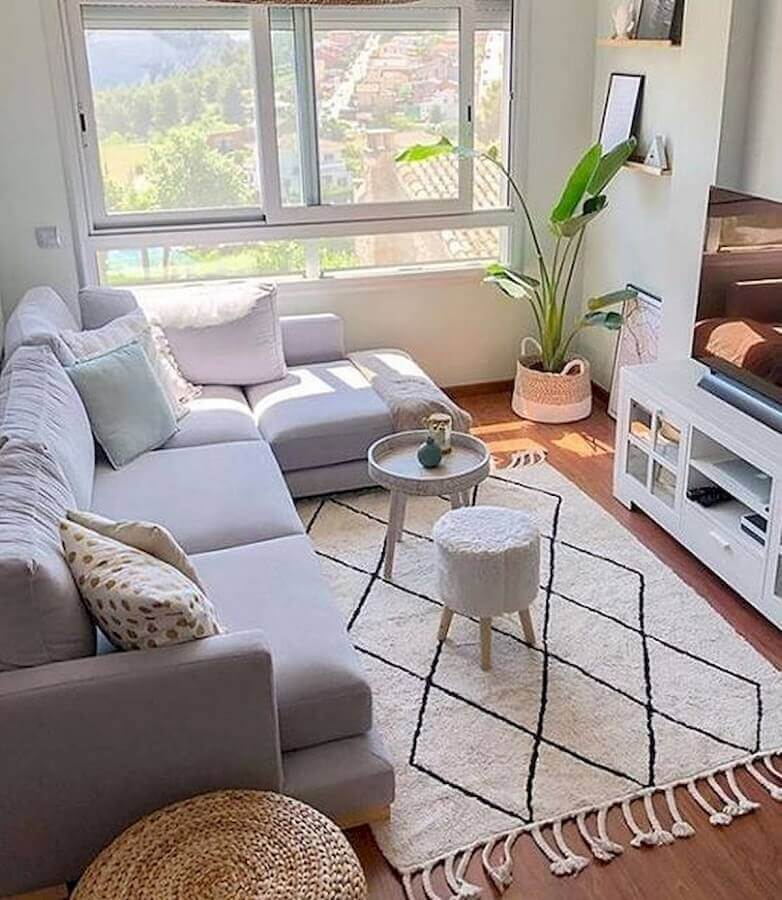room are clean and are decorated with sofa bed, 3 seater comfortable, with the sun-Photo Pinterest