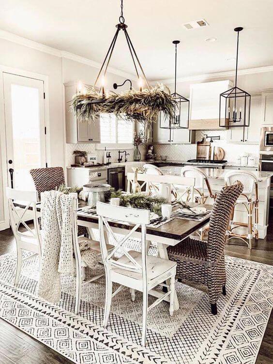 Sala de jantar com cadeira paris branca