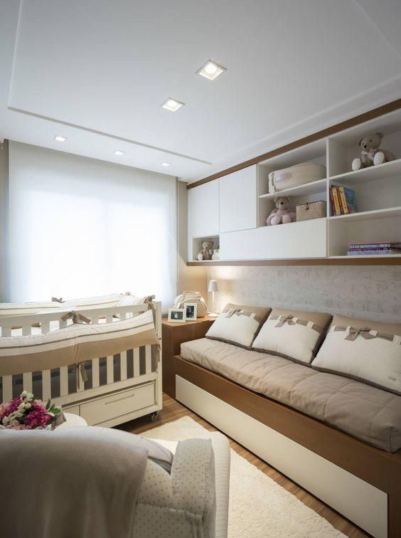 Sofá para quarto de bebê