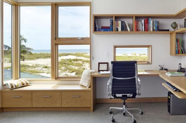 A janela guilhotina é excelente para quartos, bem como, home office
