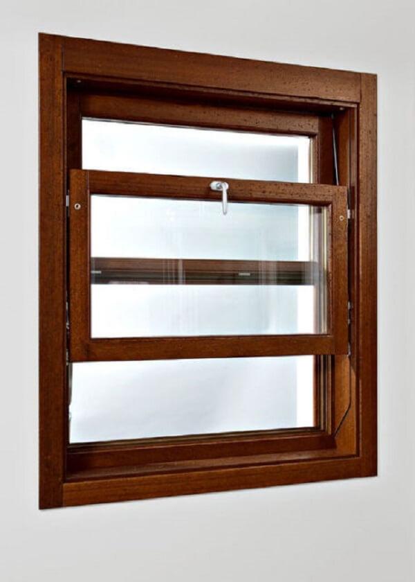 A janela guilhotina madeira pequena pode ser usada no banheiro