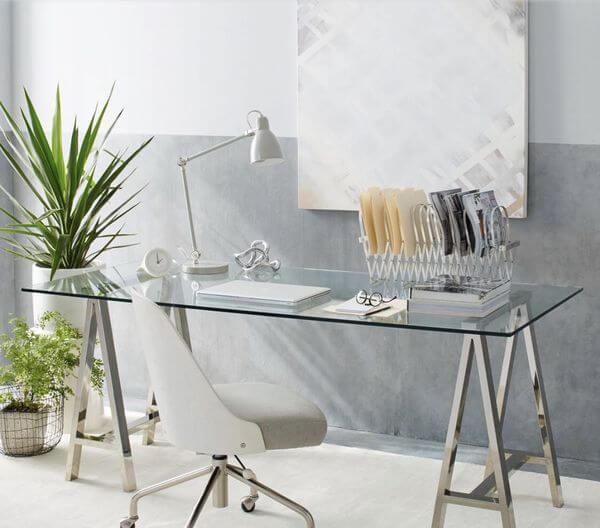 Cavalete de ferro para mesa com tampo de vidro