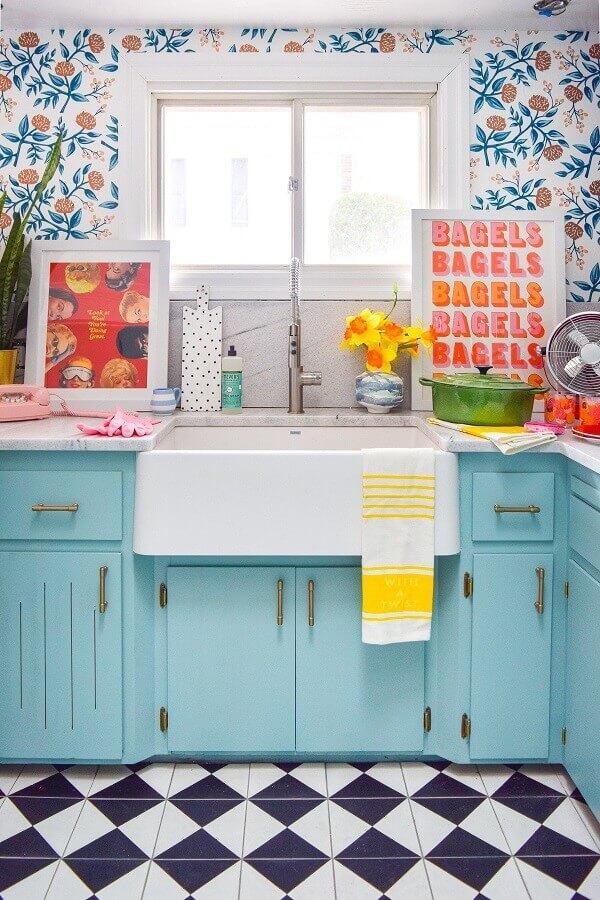 Cozinha colorida, quadro colorido para acompanhar a decoração