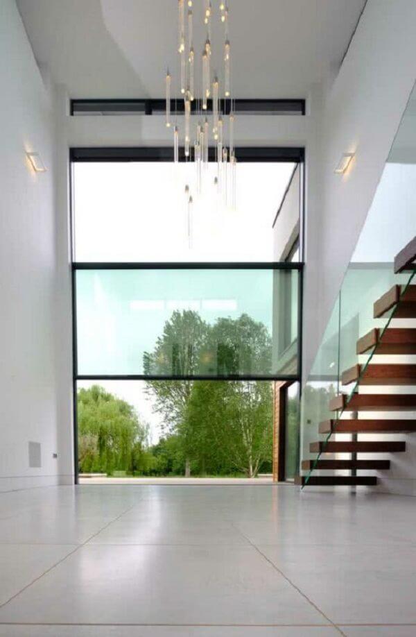 Janela guilhotina gigante com abertura moderna