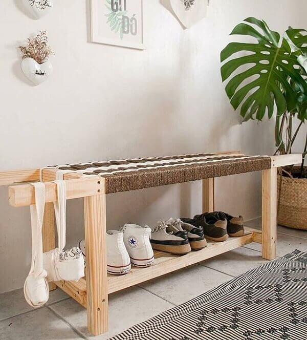 Modelo de sapateira estreita para hall de entrada