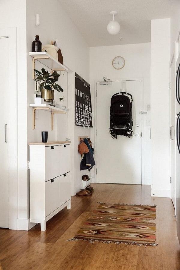 Modelo de sapateira para hall de entrada apartamento