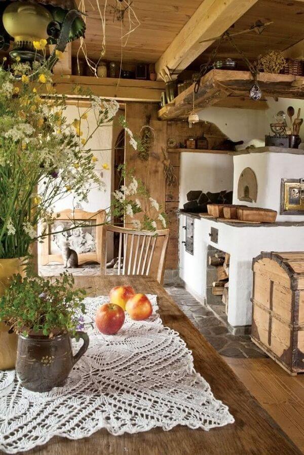 Modelos de cozinha com fogão à lenha com decoração aconchegante