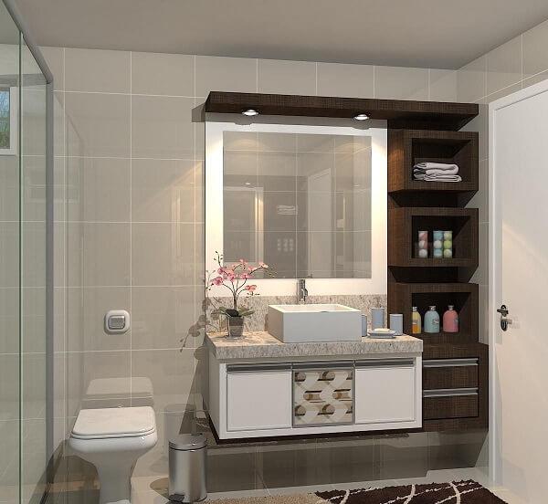 O espelho quadrado para banheiro se encaixa perfeitamente no armário de madeira