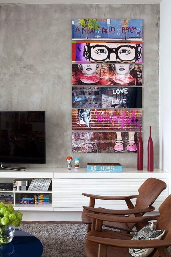 Quadro colorido para sala de TV com estampa de grafite