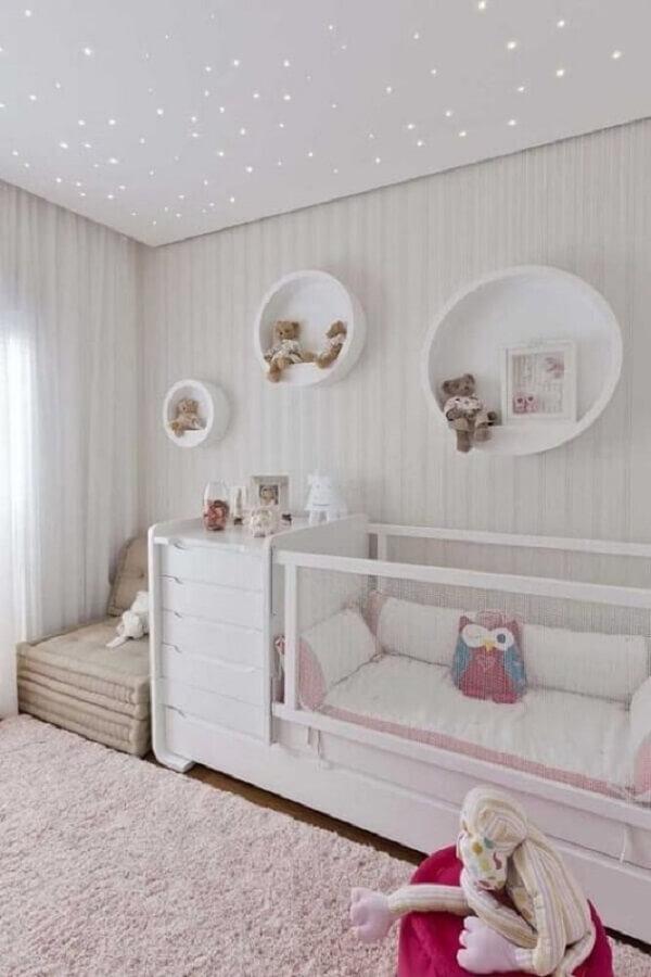 Quanto mais gavetas melhor no quarto de bebê