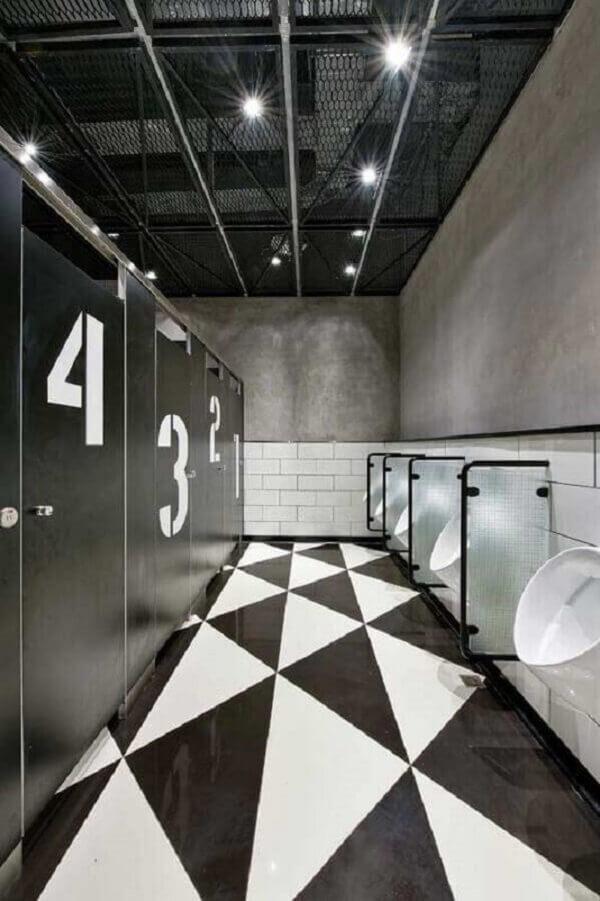 Que tal uma decoração industrial para o banheiro da barbearia?