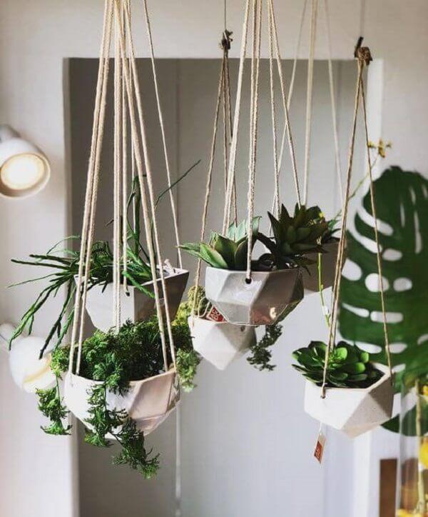 Suporte para vaso de planta suspenso feitos de macramê