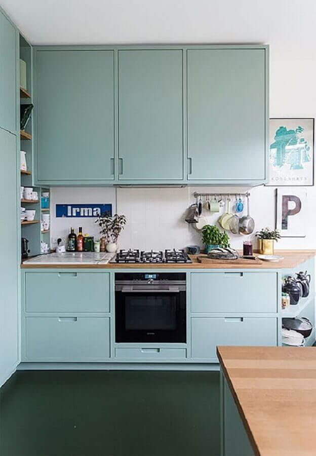 armário de cozinha azul claro estilo retrô Foto Wonen&Co