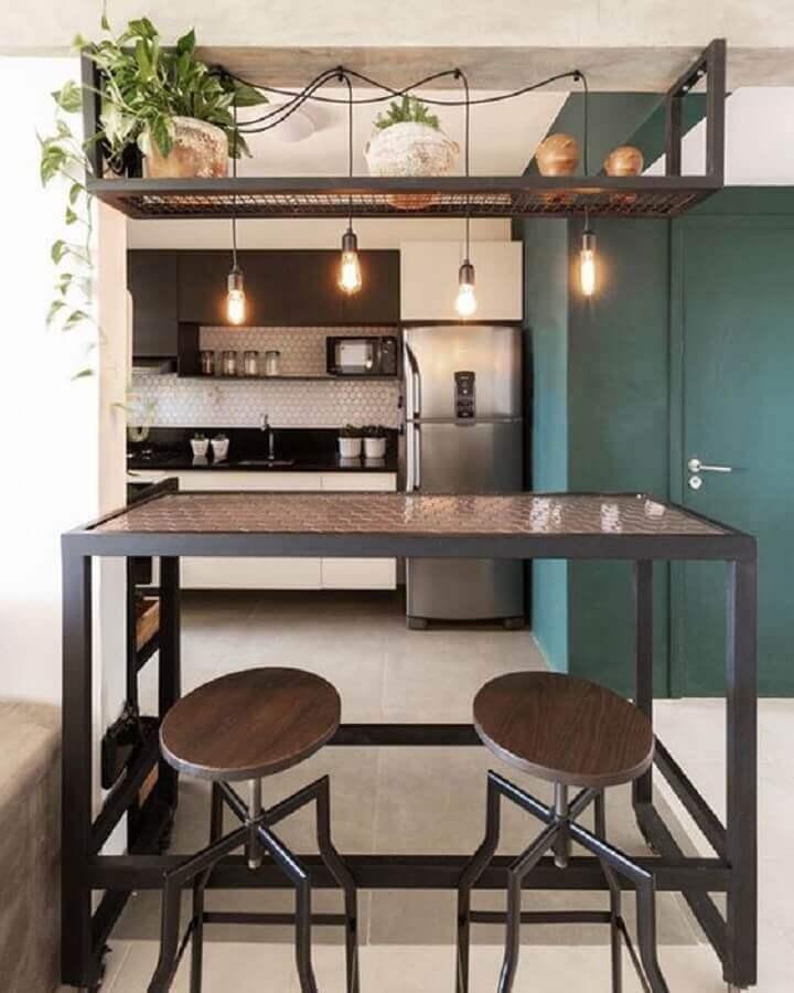 bancada de cozinha decorada com pendente estilo industrial Foto NaMedida