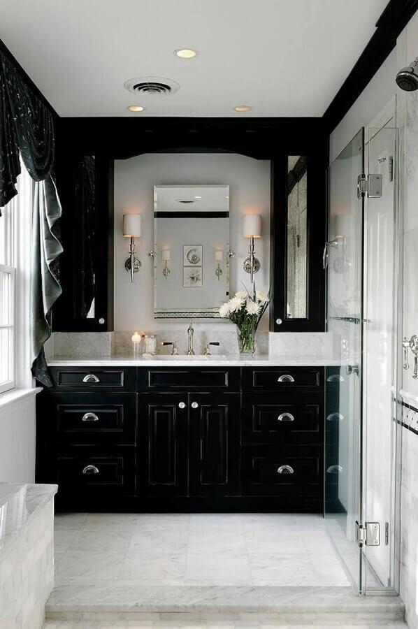 banheiro preto e branco com estilo vintage  Foto Pinterest