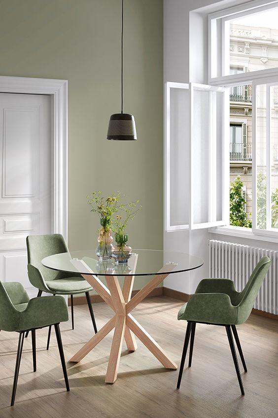 Base para mesa de vidro com cadeira verde