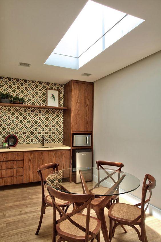 Base para mesa de vidro com madeira