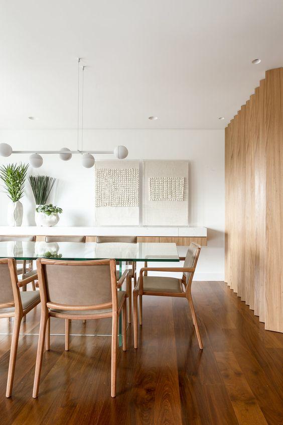 Base para mesa de vidro de madeira na sala