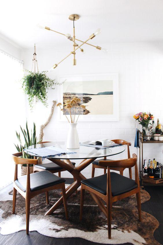Base para mesa de vidro e madeira na sala moderna