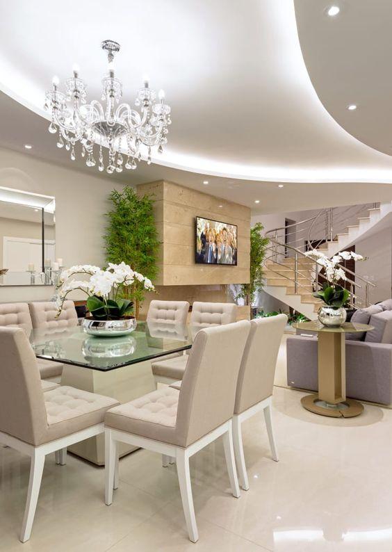 Base para mesa de vidro na sala de jantar luxuosa