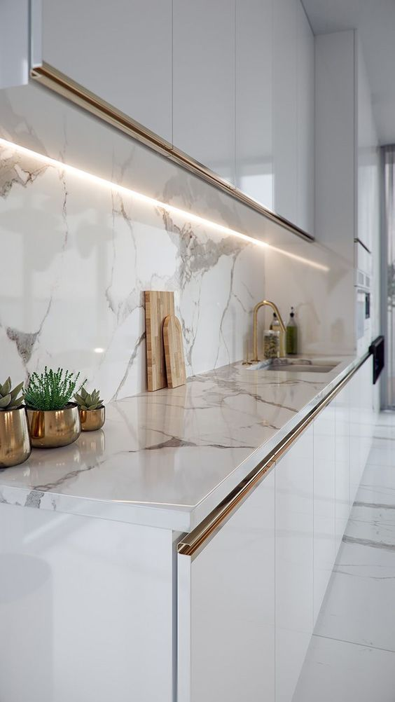Cores de mármore na cozinha moderna