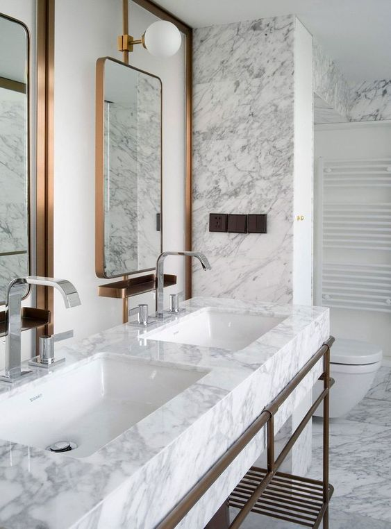 Cores de mármore de banheiro duplo