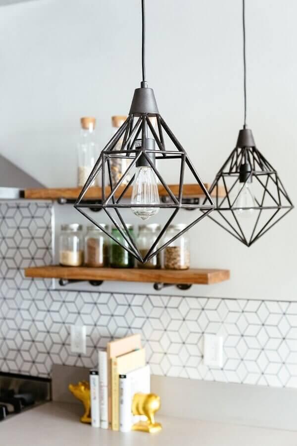 cozinha com pendente industrial aramado preto Foto Pinterest