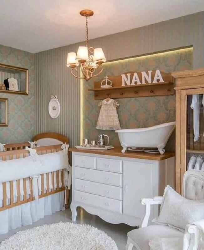 decoração com lustre pendente para quarto de bebê Foto Pinterest