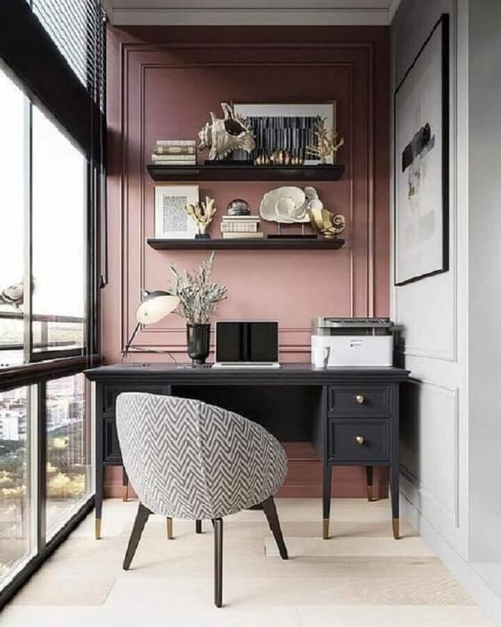 decoração para varanda com mesa para home office com estilo clássico Foto Ideias Decor