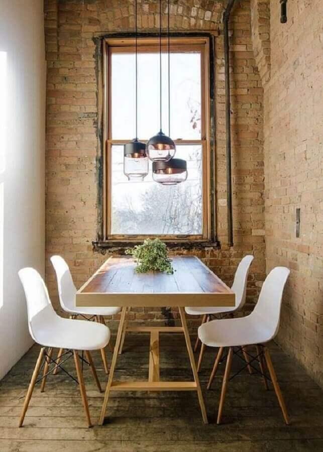 decoração rústica com lustre pendente para sala de jantar pequena Foto Pinterest