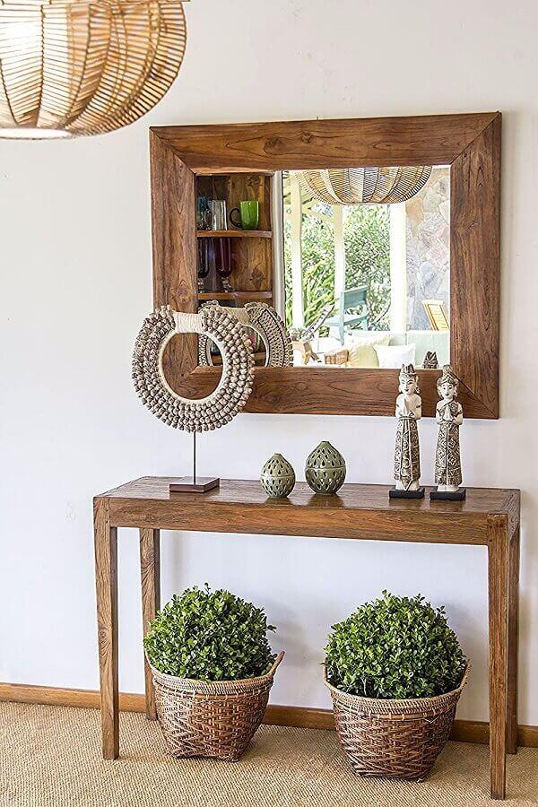 decoração simples com aparador com espelho para hall de entrada de madeira  Foto Dicas Decoração