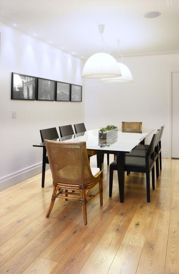 Decoração sala com mesa de jantar preta