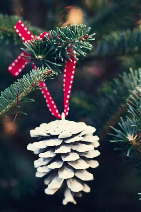 enfeite de Natal com pinha e fita vermelha para árvore de Natal Foto Etsy