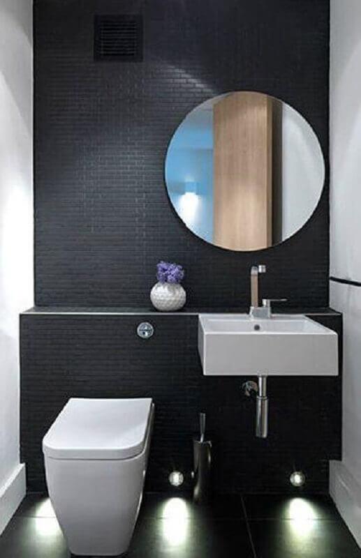 espelho redondo para decoração de banheiro pequeno preto e branco  Foto Pinterest