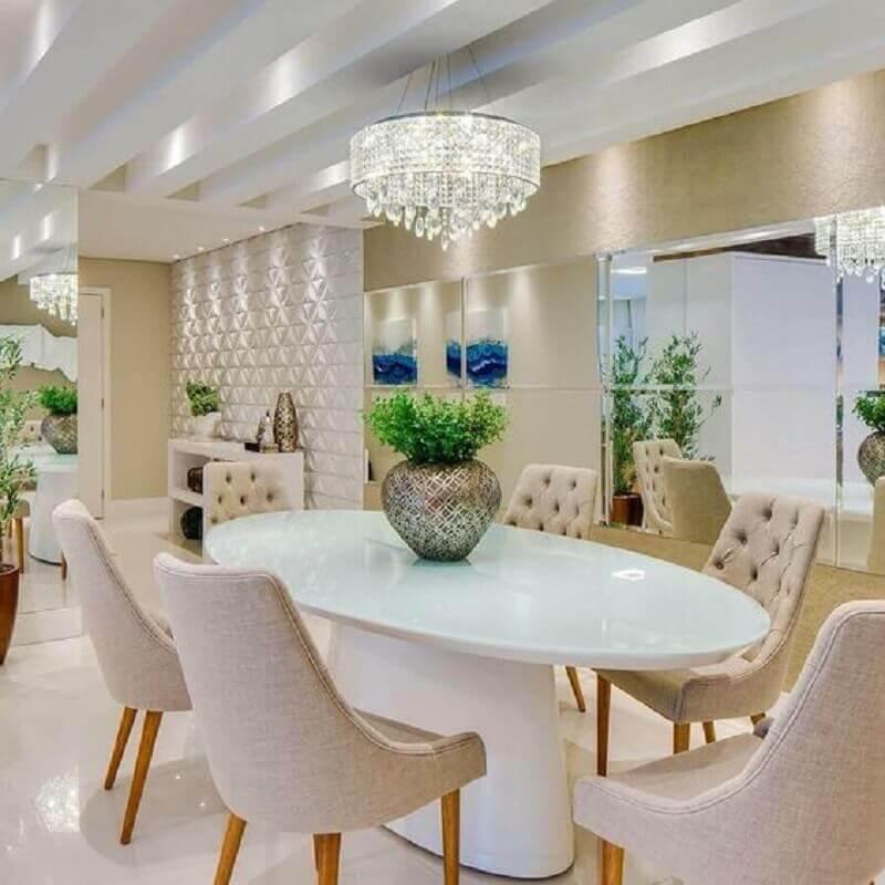 lustre pendente cristal para sala de jantar branca e bege sofisticada Foto Constance Zahn