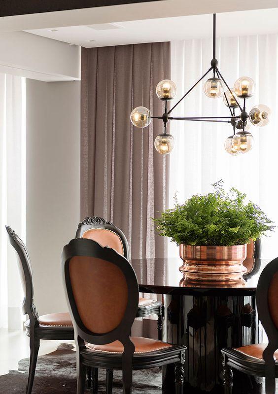 Mesa de jantar 4 lugares preta