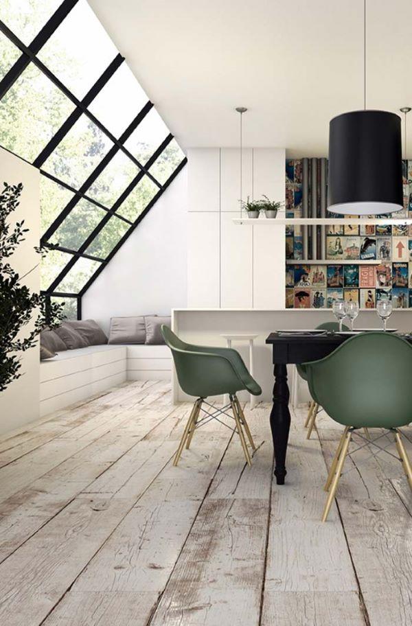 Mesa de jantar preta na sala de jantar moderna