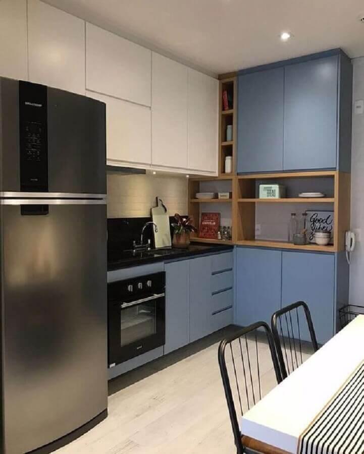nichos de madeira para armário de cozinha azul e branco Foto Architizer