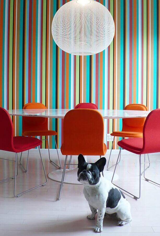 papel de parede listrado colorido para sala de jantar moderna Foto Archidea