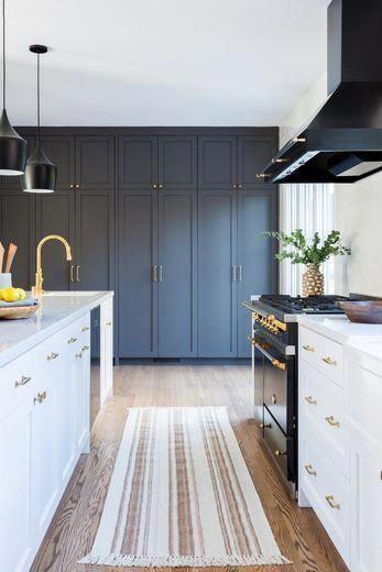 Passadeira para cozinha azul e branco