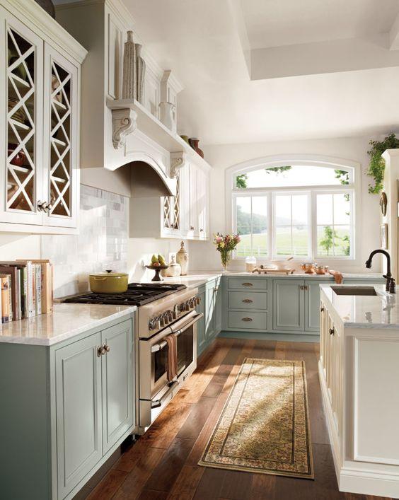 Passadeira para cozinha azul e moderna