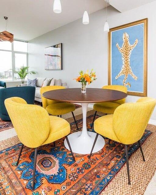 Poltrona para mesa de jantar amarela