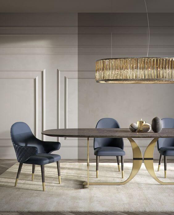 Mesa de jantar com cadeira tipo poltrona