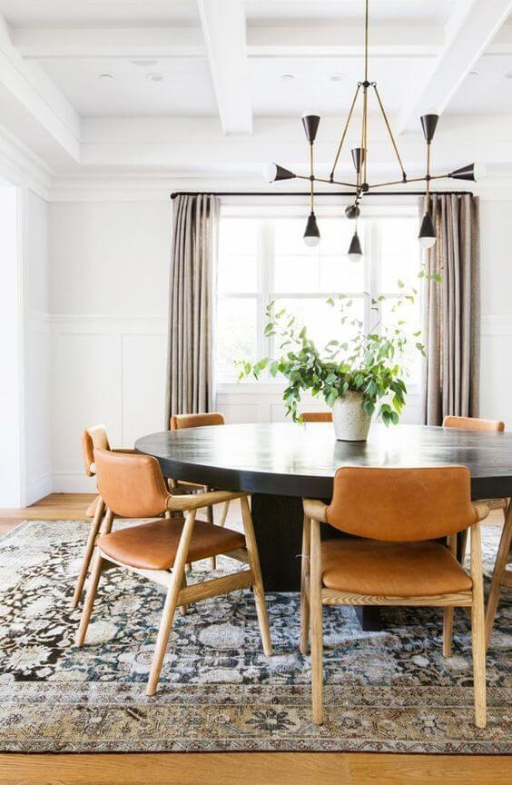 Poltrona para mesa de jantar redonda preta