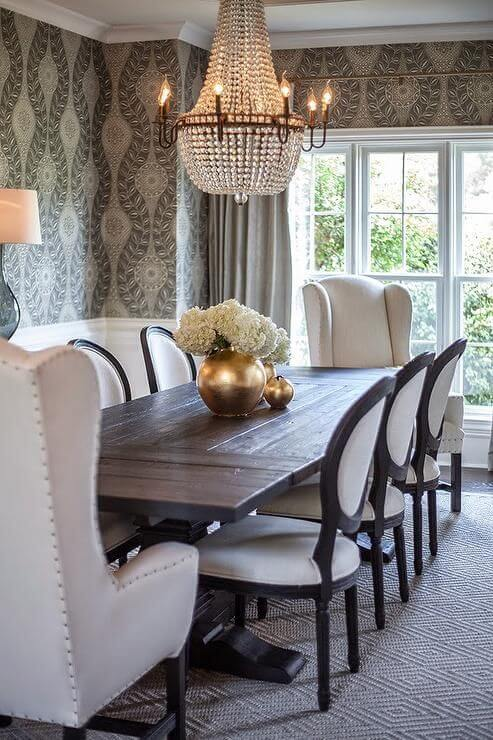 Poltrona para mesa de jantar branca com cadeiras madeira